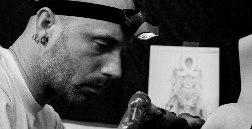 Cyril C - Black Canvas Private Shop - France-2-Artistes-Tatoueurs-Besancon-Tattoo-Show-Convention-tatouage-2020-