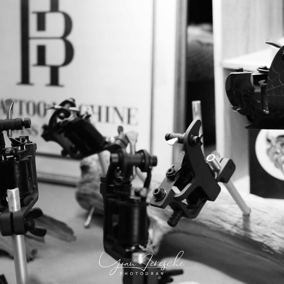 exposants-createurs-2020-international-besancon-tattoo-show-france-hb-tattoo-machne-2